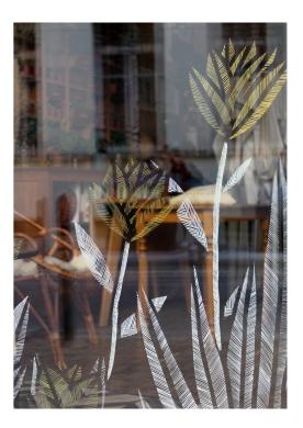 Création et réalisation de dessins sur vitrine